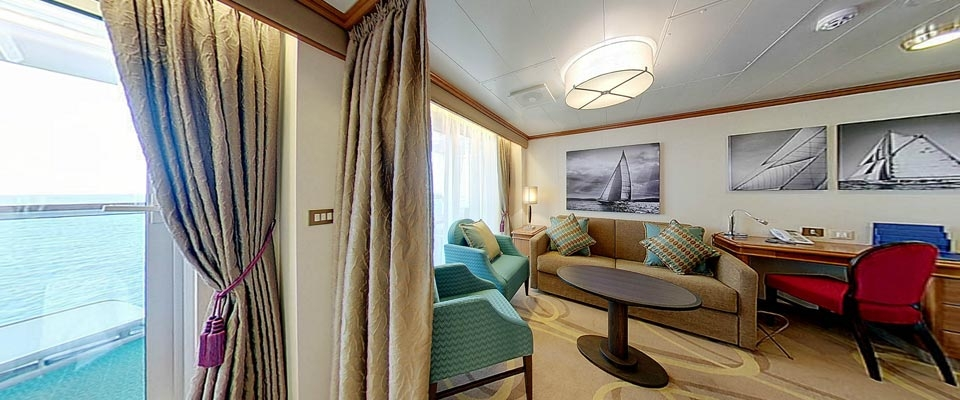 Penthouse Suite with Bath/Shower
