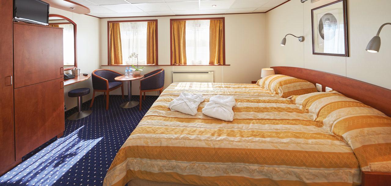 Upper Suite