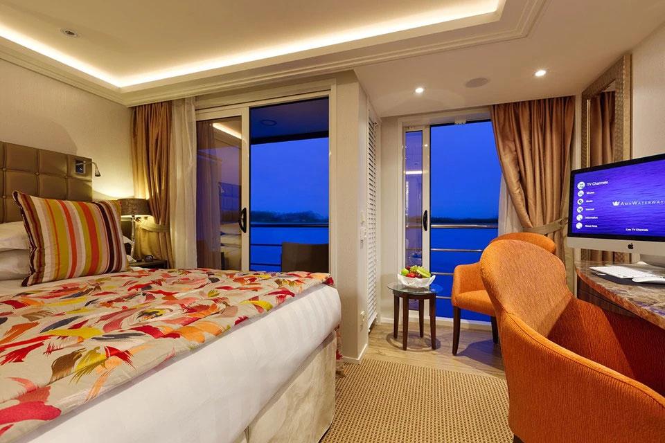 Panoramic Balcony & Outside Balcony