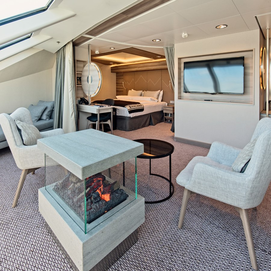 Expedition Large Suite