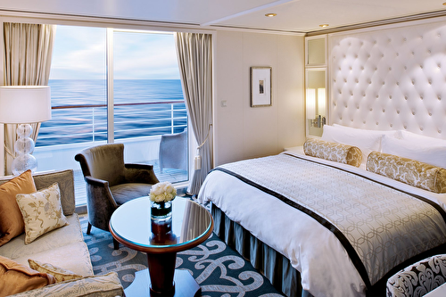 Penthouse Suite with Verandah and Third Berth