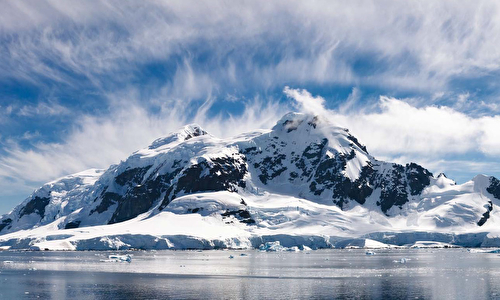 Antarctica with 6★ Seabourn