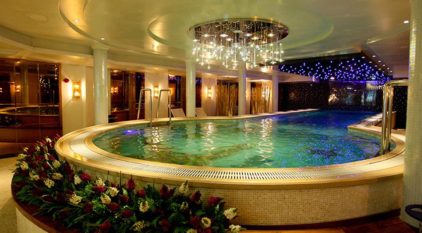 Avalon Waterways Century Legend Pool