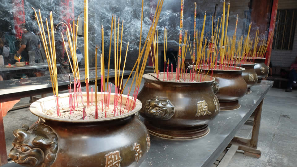 Jade Emperor Pagoda Incense