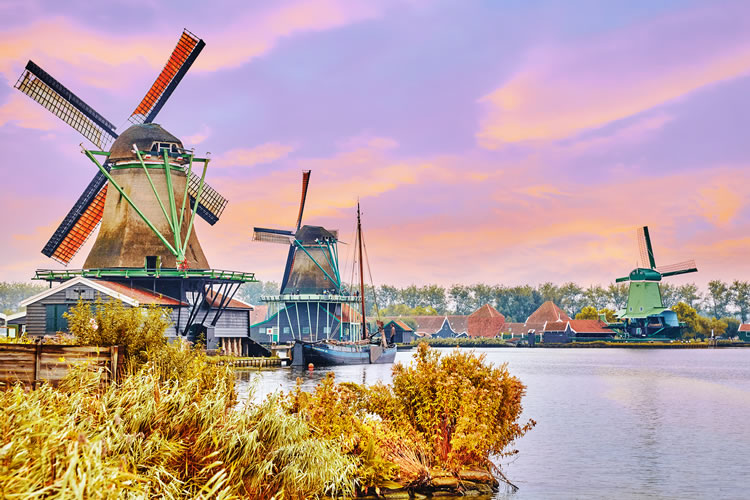 Amsterdam, Zaanse windmills