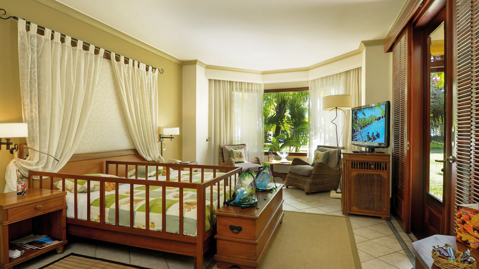 Dinarobin Family Suite