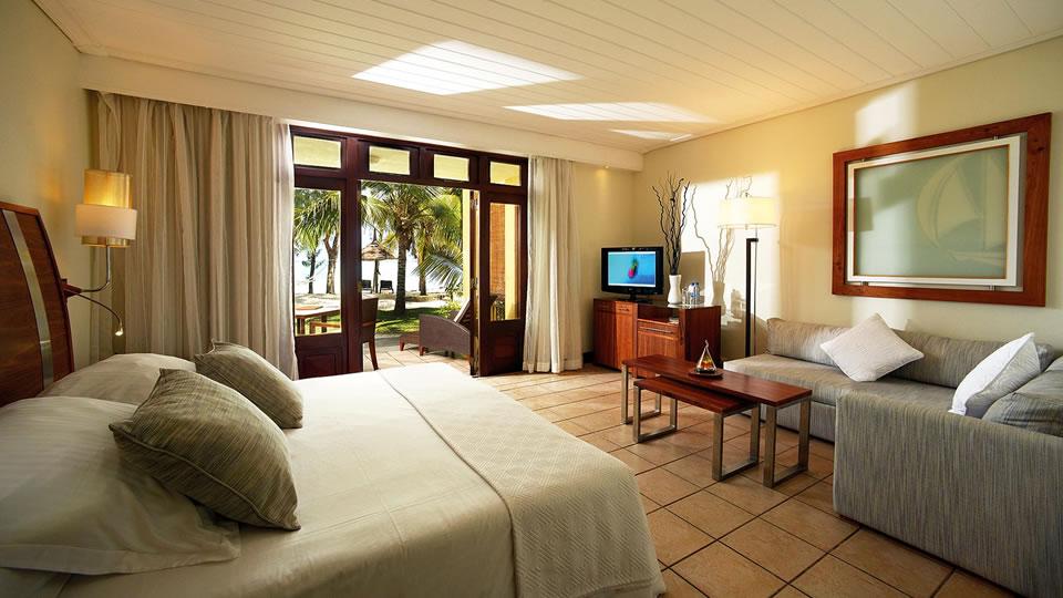 Paradis Deluxe Beachfront Suite