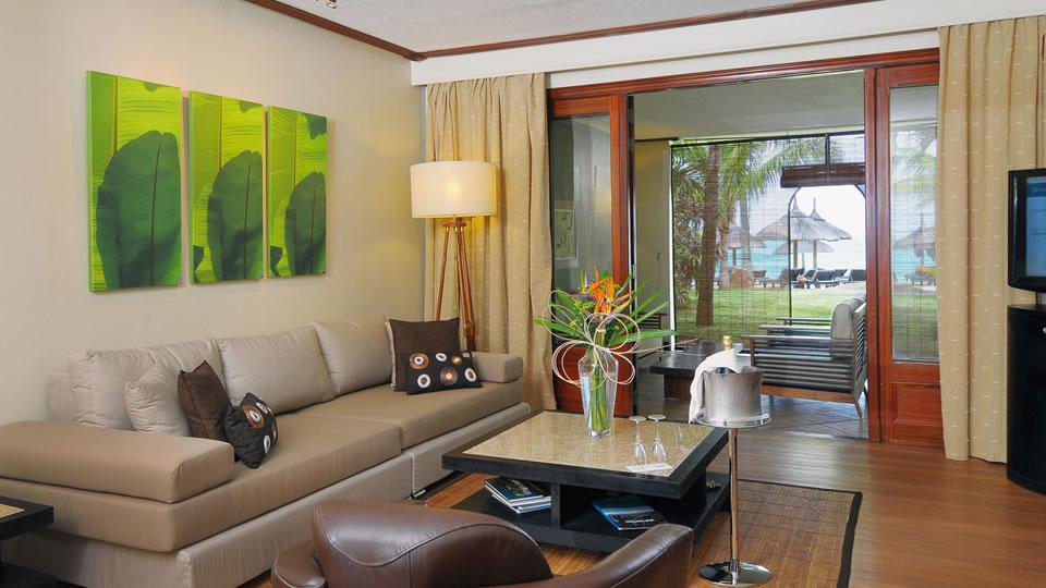 Paradis Senior Beachfront Suite