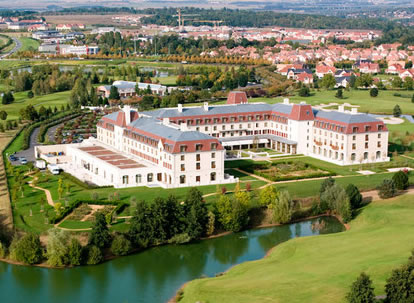 Radisson Blu Hotel - Selected Hotels - Disneyland® Paris