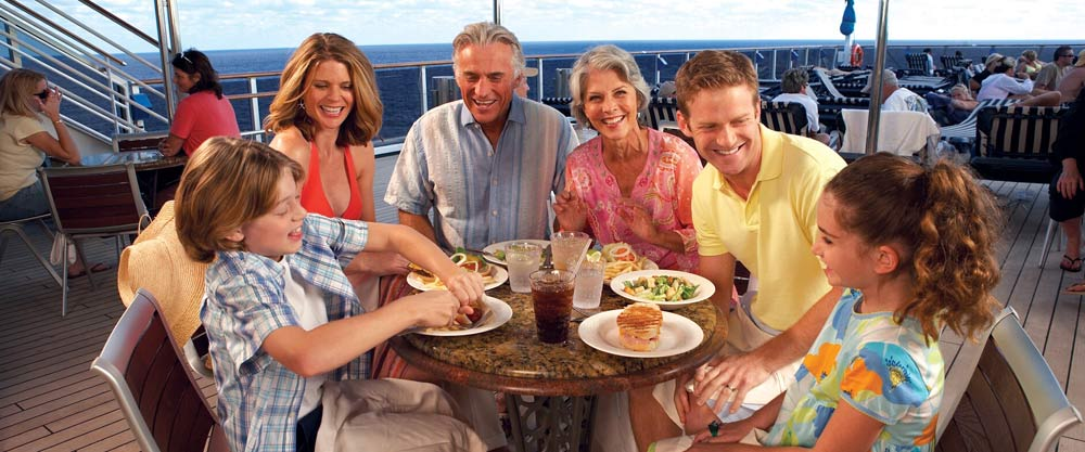 Family cruising, dining with children
