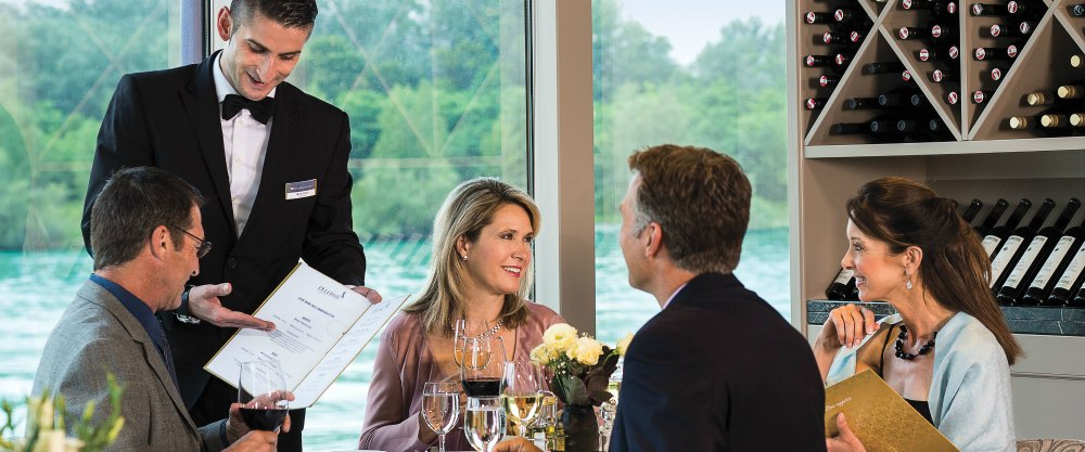 River cruise dining
