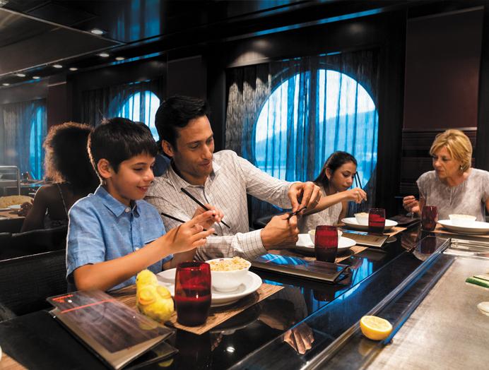 Cruceros Royal Caribbean, Restaurante Azumi