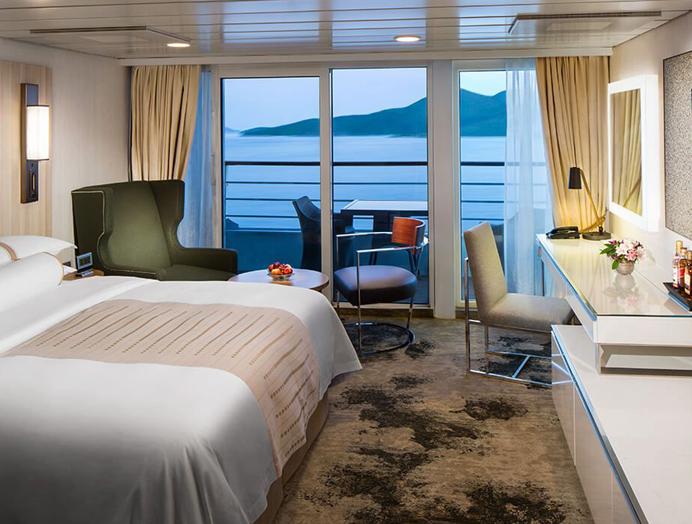 Club continent suite en Azamara Club Cruises