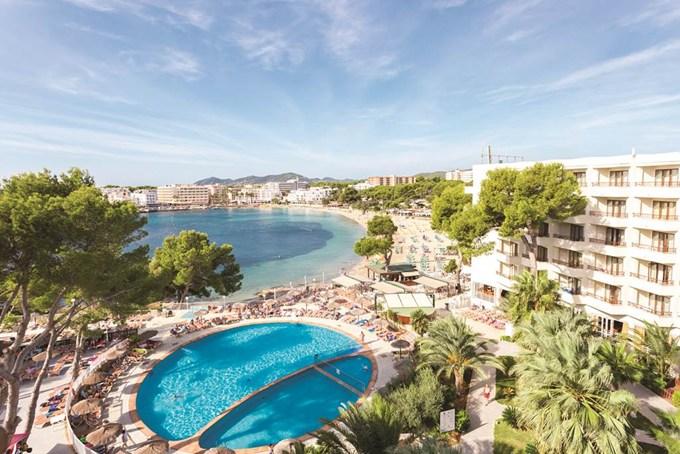 Cheap Holidays to Es Cana - Ibiza Cheap All Inclusive