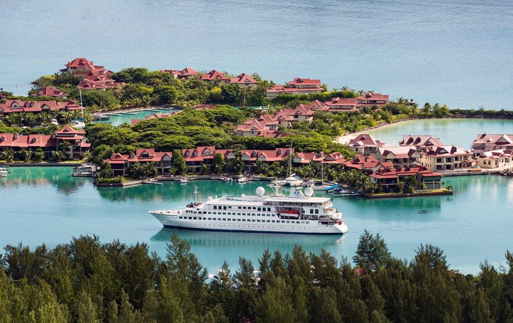 Sunset Bar de Crystal Yacht Cruises