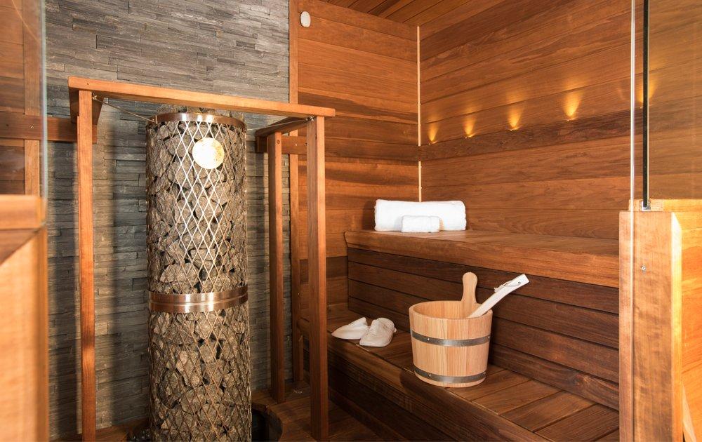 Sauna Crystal Yacht Cruises