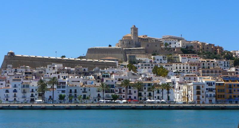 Cruceros por Ibiza, España