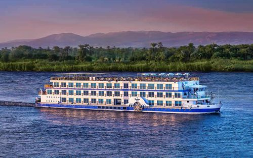 Embarkation In Luxor
