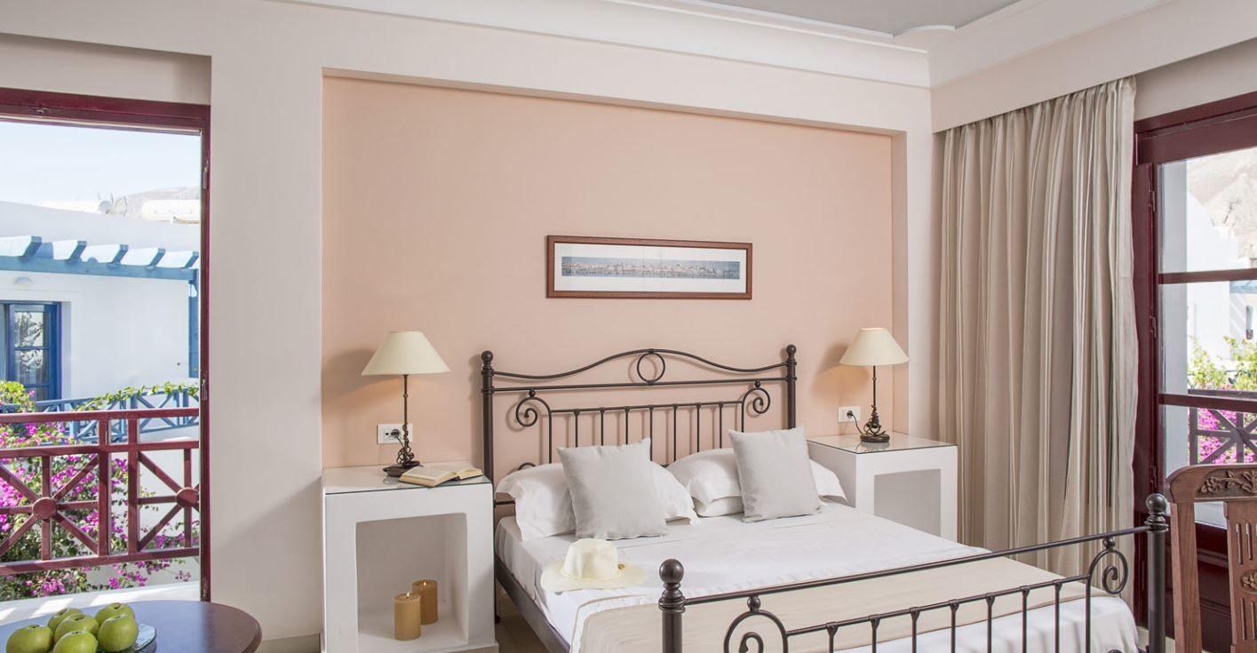 Veggera Hotel Santorini