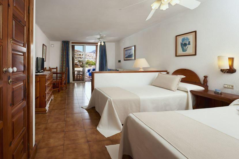Parque Santiago III & IV Apartments 03