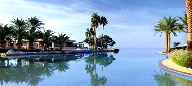 Hotel: 5 Star Movenpick Resort & Spa