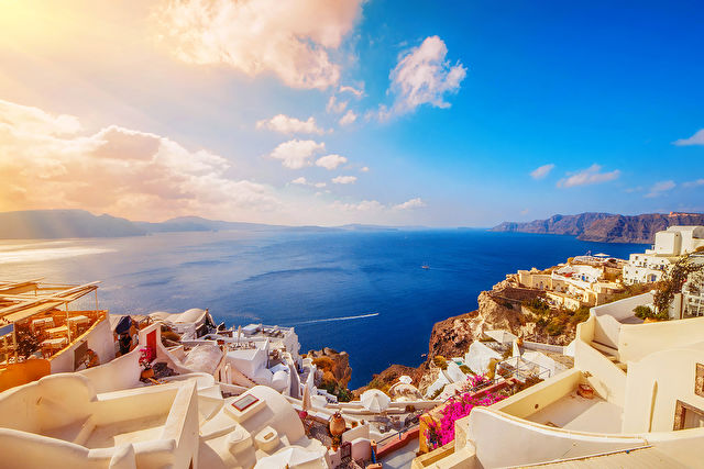 Idyllic Aegean Stay & Cruise