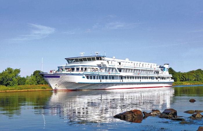 Barco Scenic Tsar