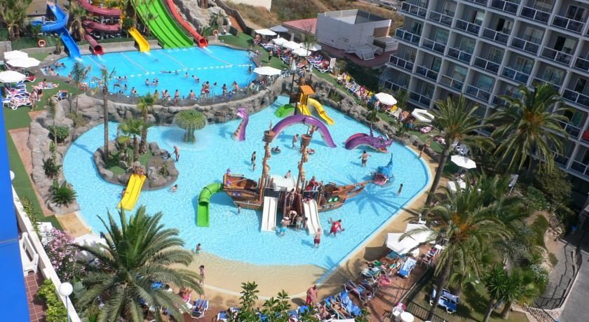 Hotel Los Patos Park