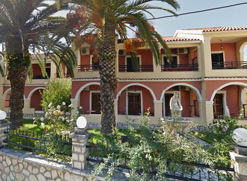 Theodoros Fiona Apartments