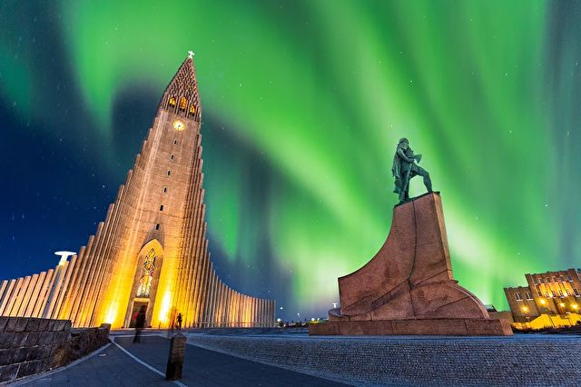 Iceland & Faroes Northern Lights