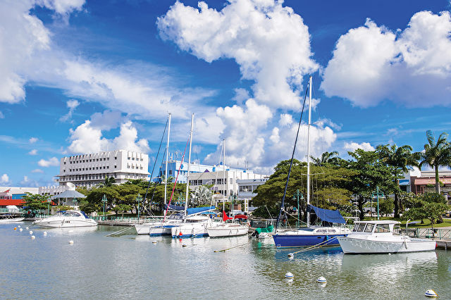 Hays Exclusive Newcastle Caribbean Charter