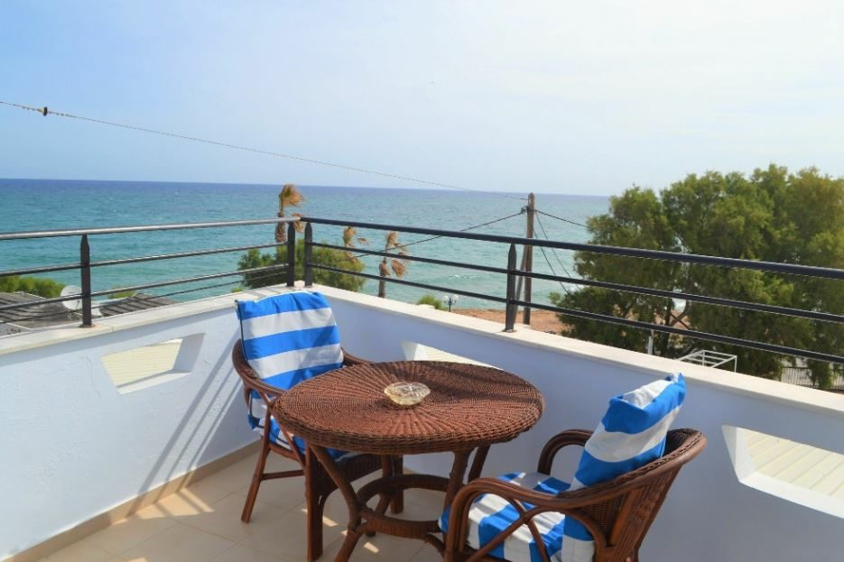 Diogenis Blue Palace 05