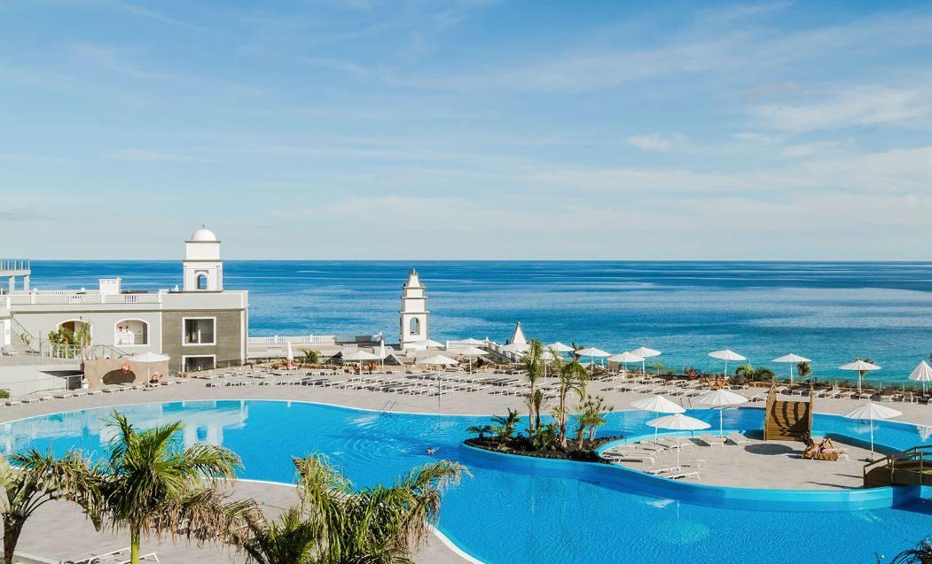 Royal Palm Resort & Spa 01