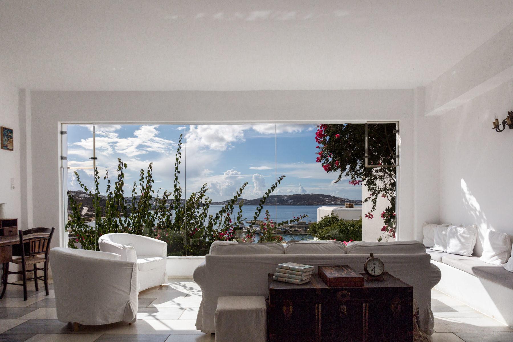 Rhenia Mykonos Hotel & Bungalows
