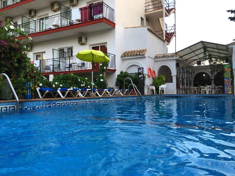 Carmen Teresa Hotel - Torremolinos