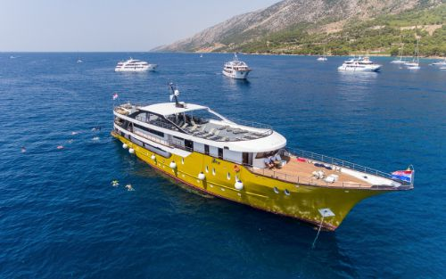 MS Arca Cruise
