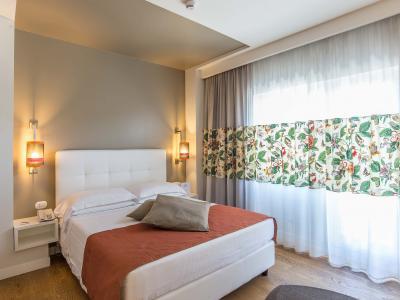 Caravel Hotel