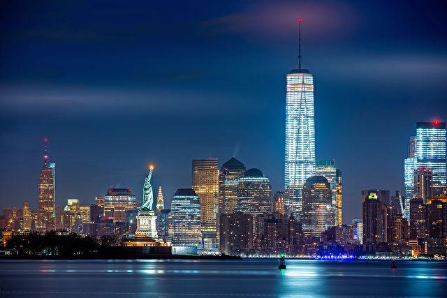 The Transatlantic Crossing to New York