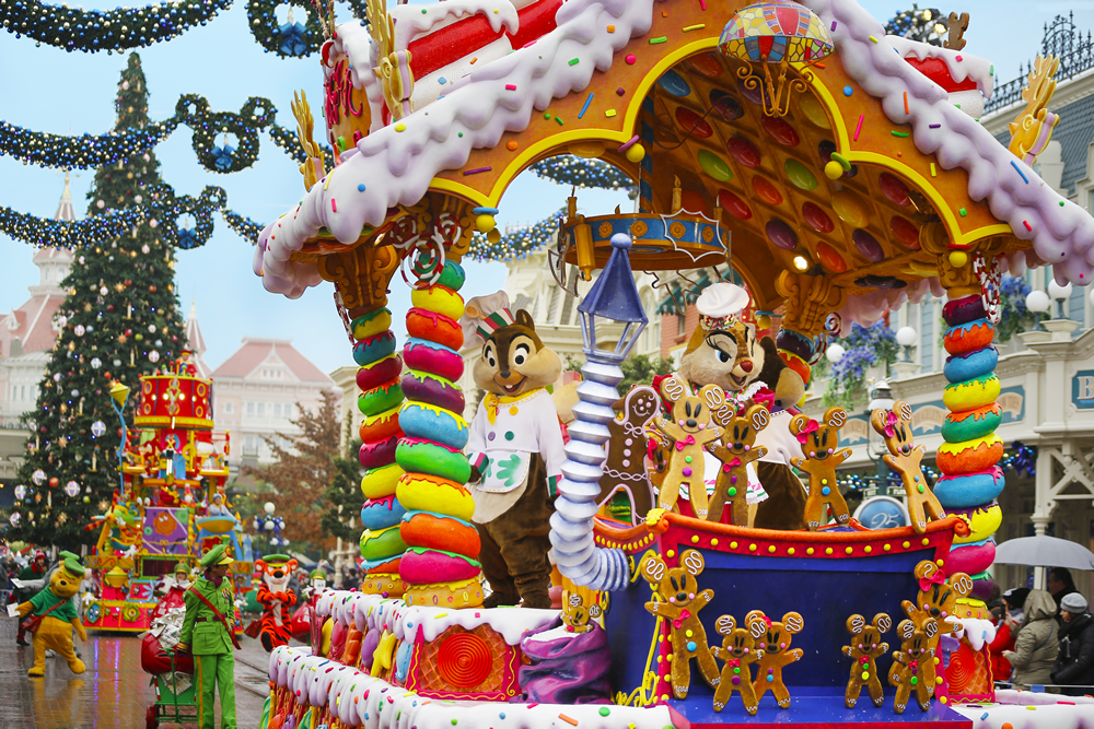Disney's Enchanted Christmas Season at Disneyland® Paris 2020