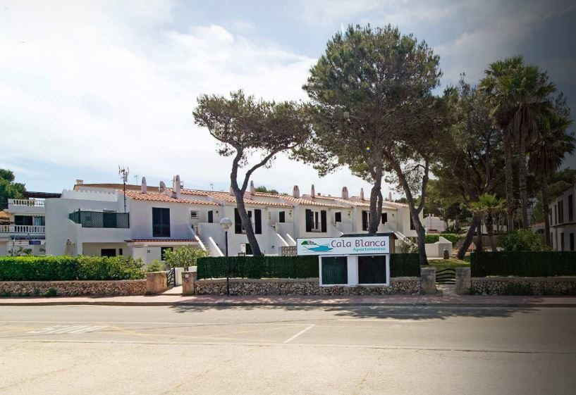 Cala Blanca Apartments
