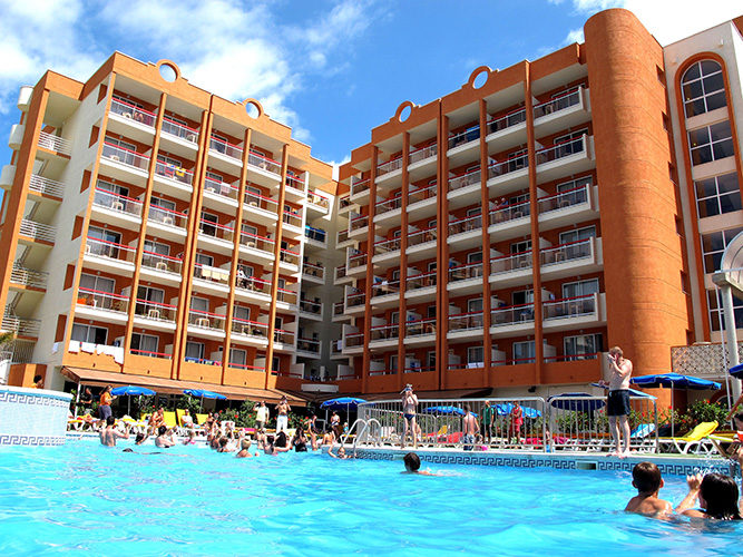 Ohtels Belvedere & Portaventura Theme Park
