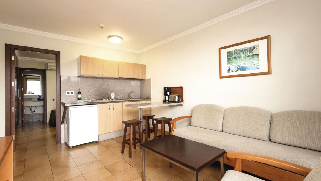 Rocamar Apartments