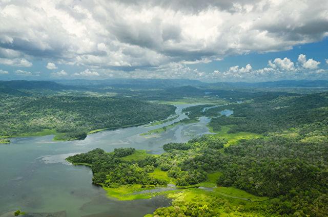Panama Canal World Segment