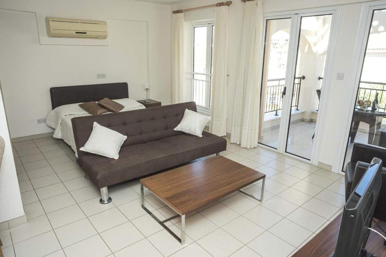 St Nicolas Elegant Residence 03