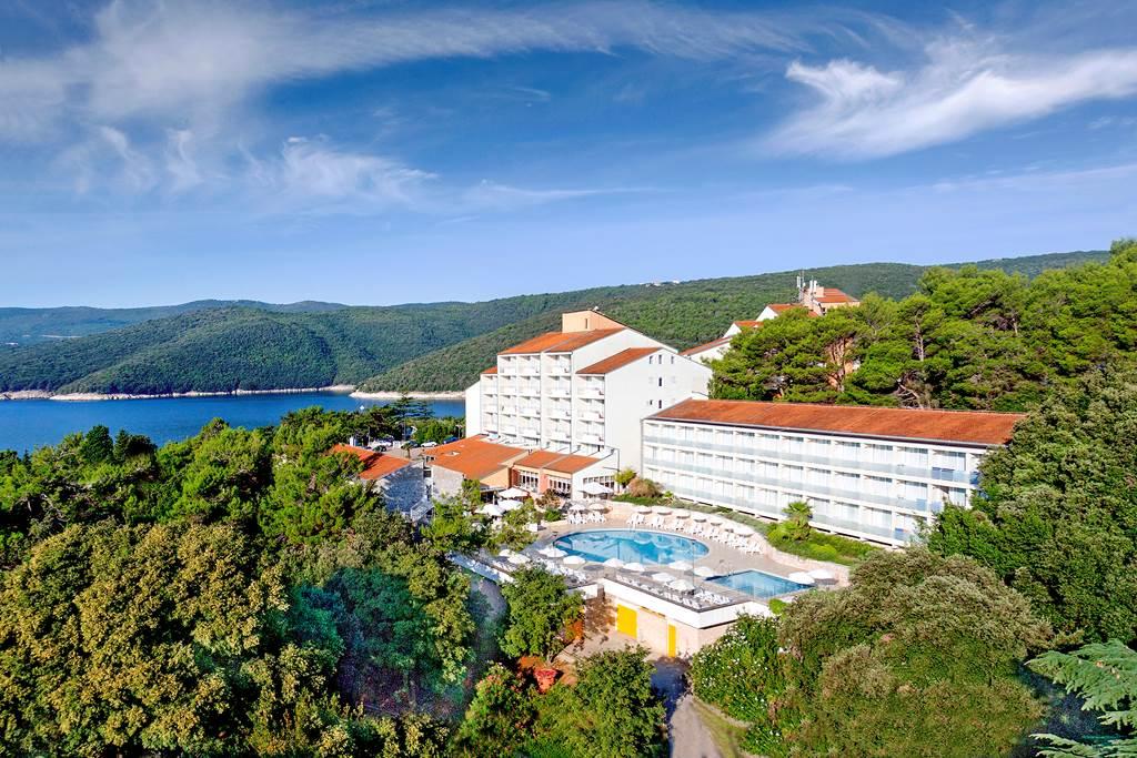 Miramar Hotel & Residence