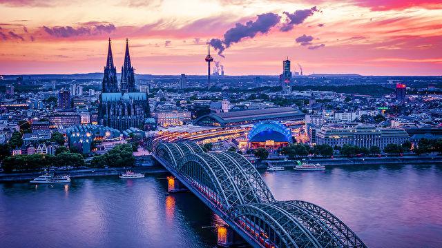 Rhine Explorer