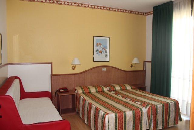 Harry's Hotel 03