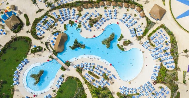 Oasis Lagoon