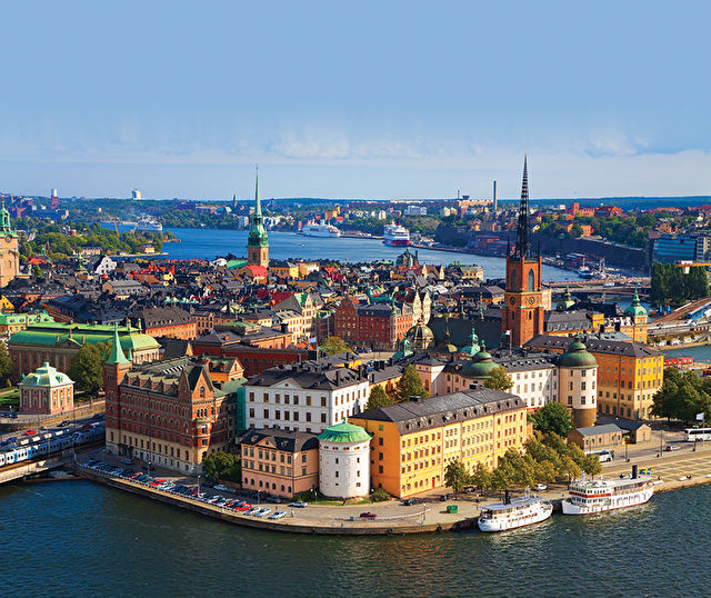 Scandinavia & St Petersburg