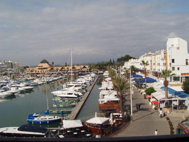 Marina Plaza Apartments